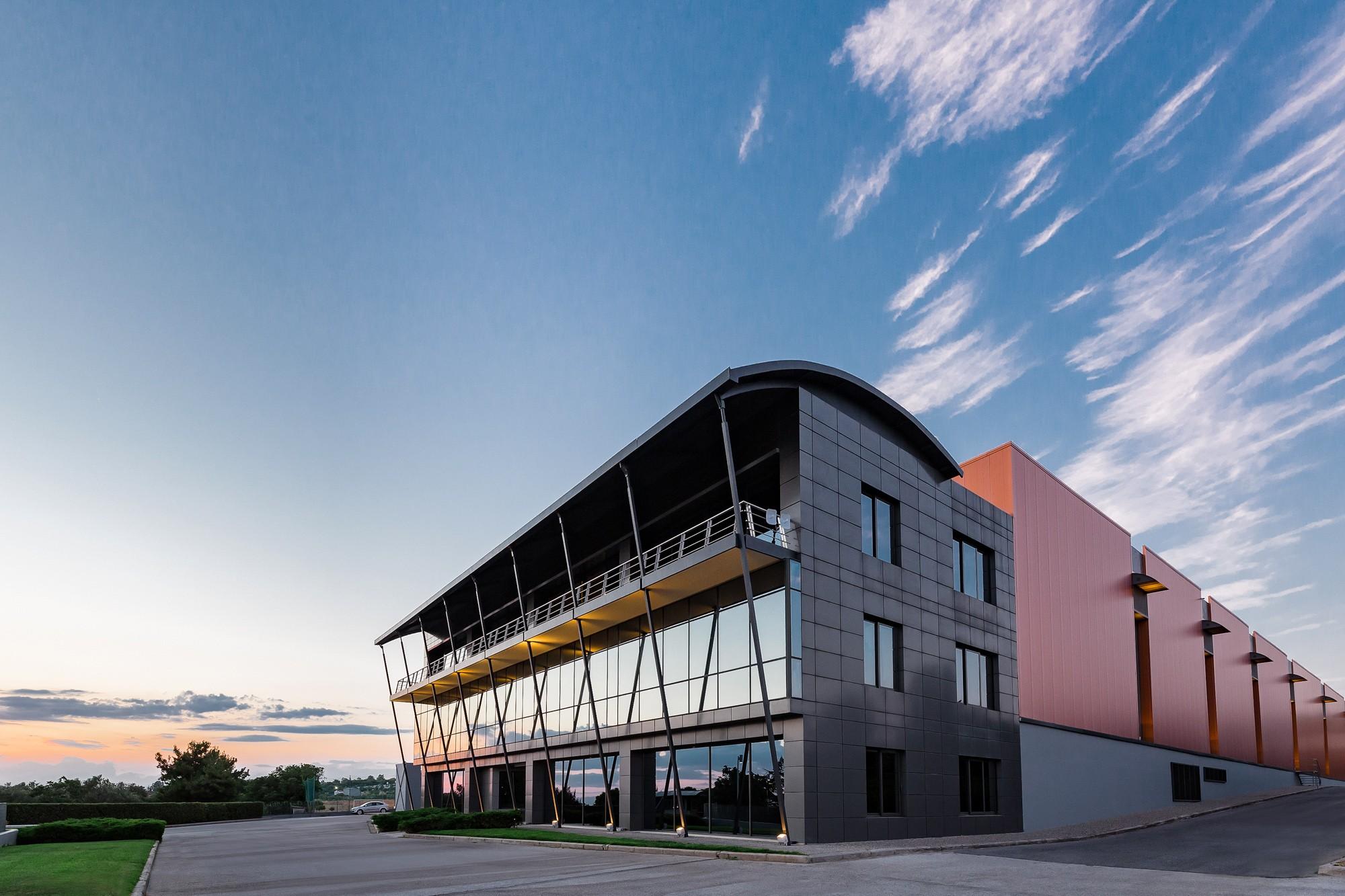 Liafarm Α.Ε. Φαρμακαποθήκη | Φωτογράφιση Φαρμακαποθήκης, εργοστασίων, βιομηχανικών και βιοτεχνικών εγκαταστάσεων Θεσσαλονίκη